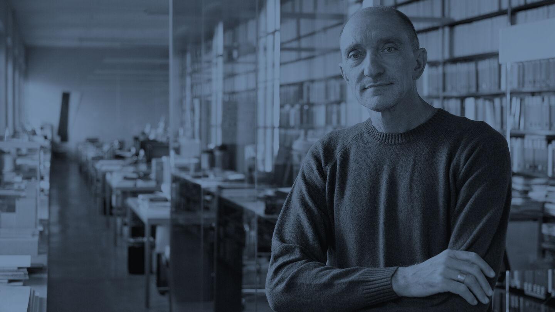 designers-rodolfo-dordoni-flos-header-desk-00