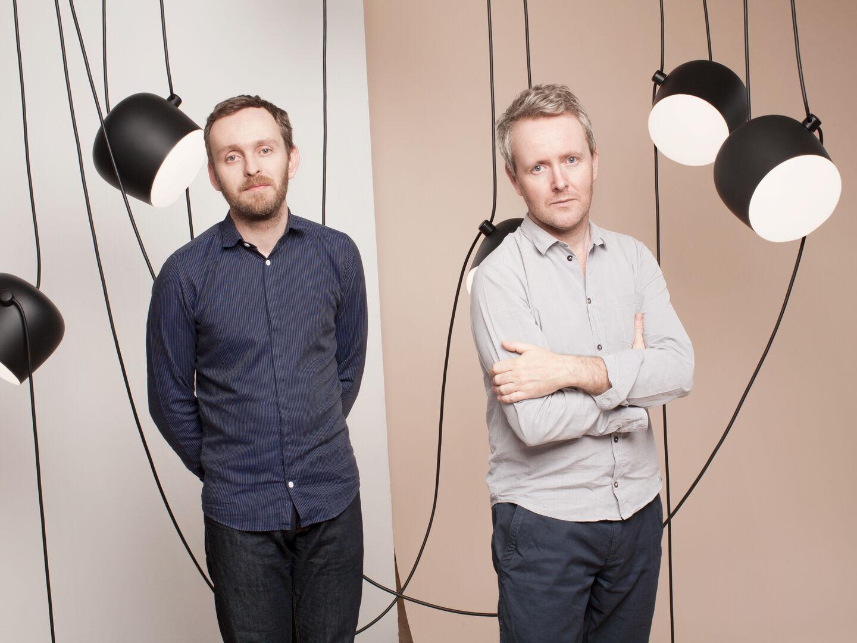 designers-r-and-e-bouroullec-flos-entrance-desk