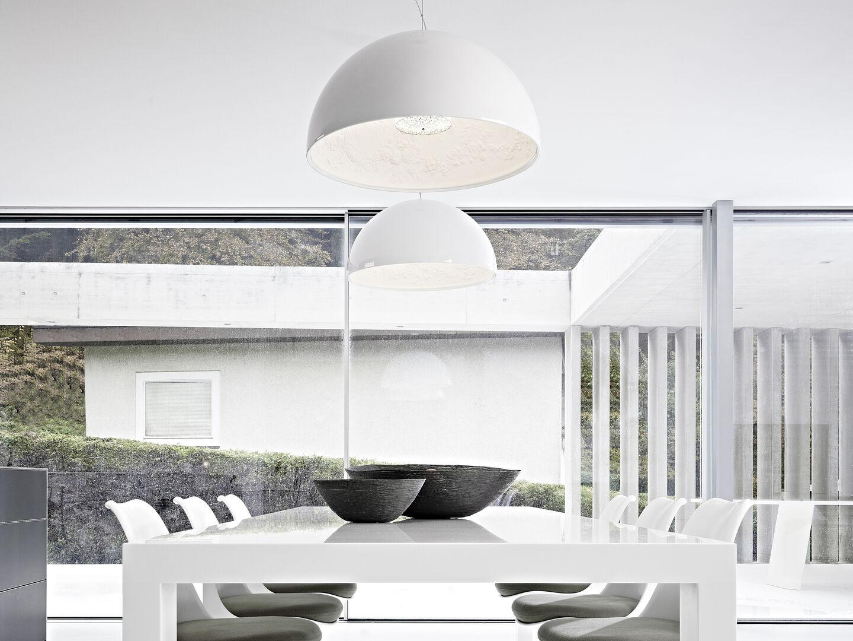rooms-dining-room-flos-entrance-desk-03