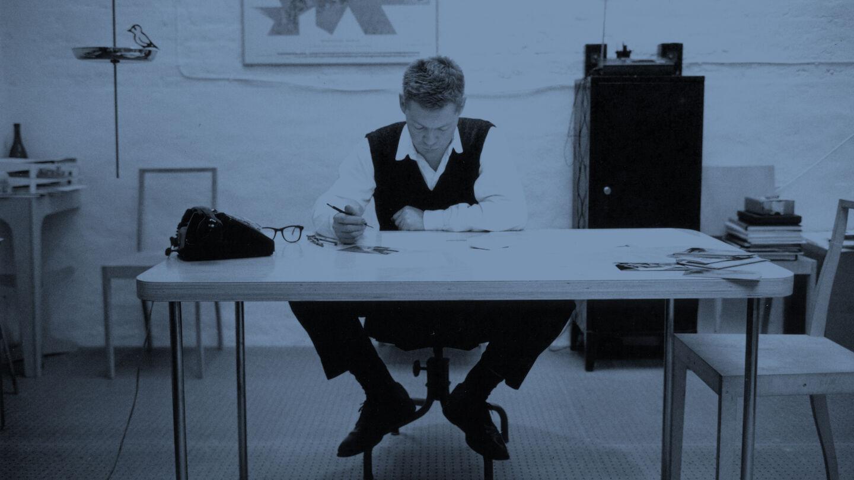 designers-jasper-morrison-flos-header-desk-00